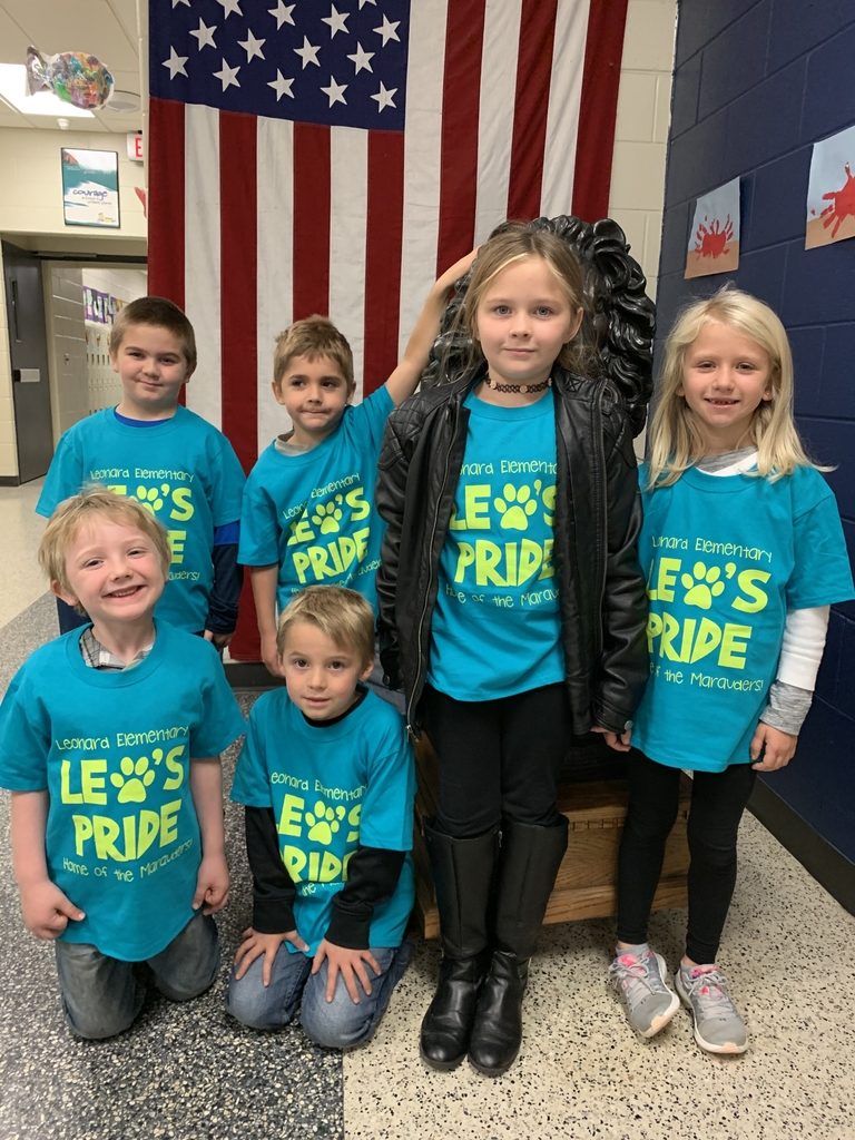 Leonard's paw shirt winners